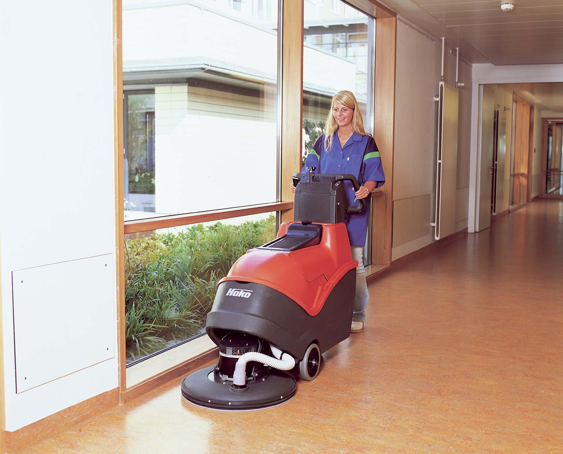 Hako Masini de spalat pavimente